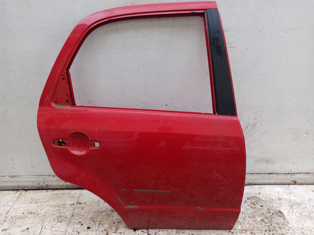 Дверь боковая задняя правая Suzuki