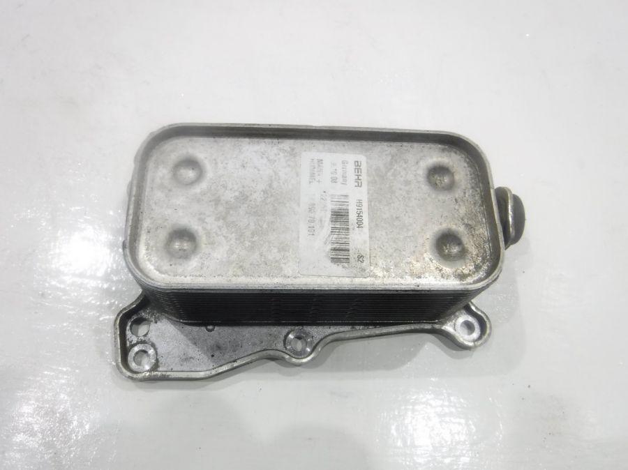 Радиатор масляный Mercedes