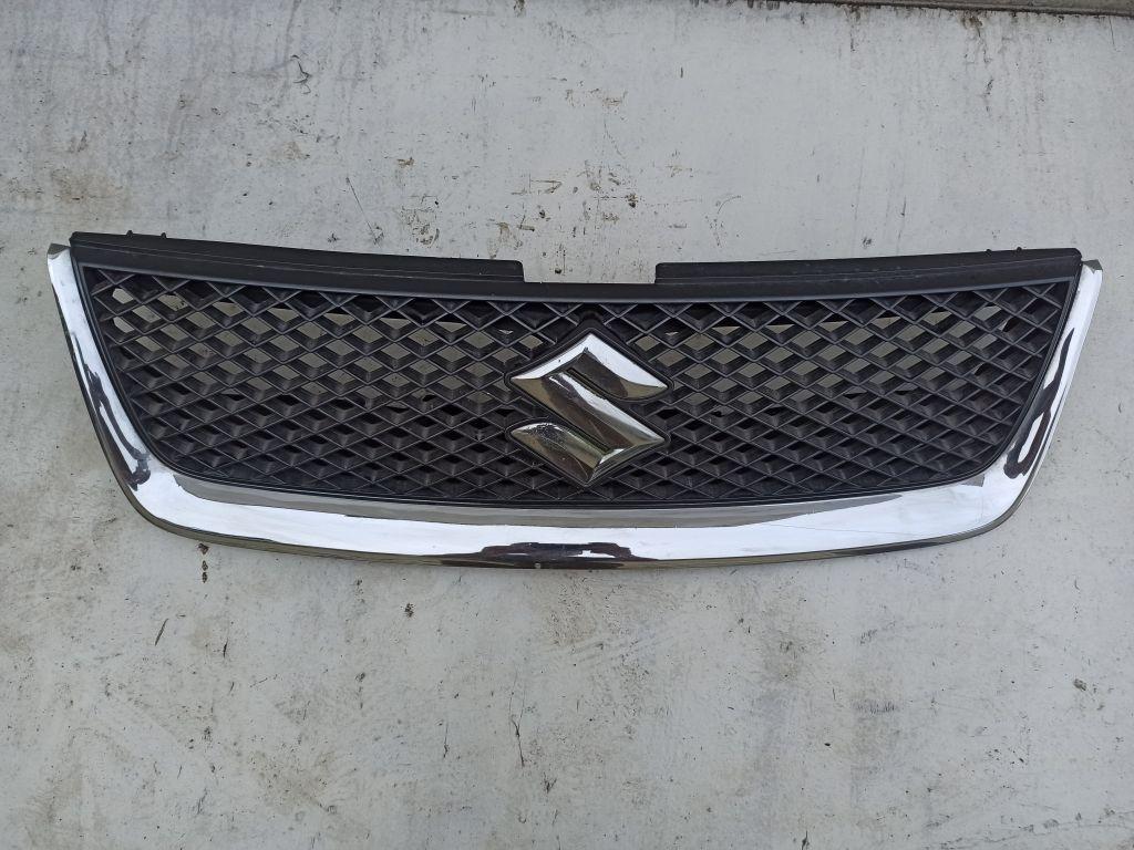 Решетка радиатора Suzuki