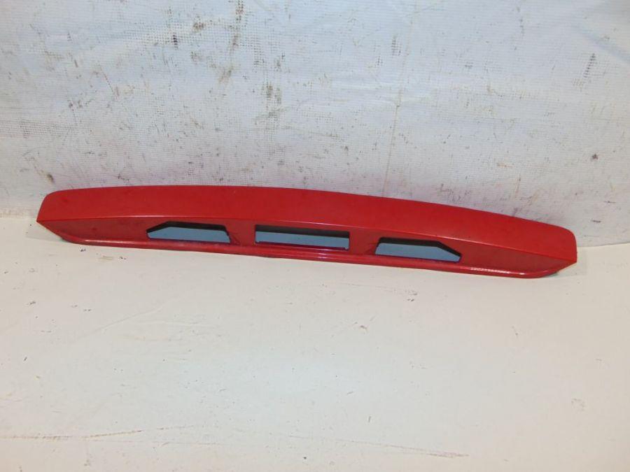 Накладка двери багажника Mazda