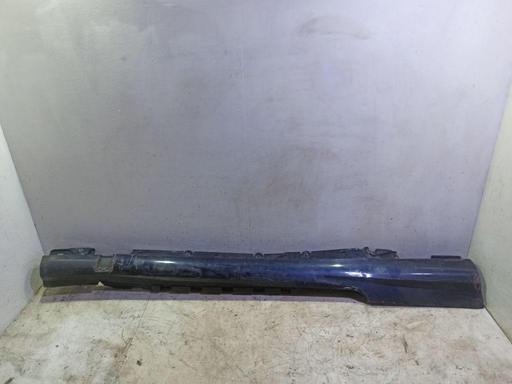 Накладка на правый порог Mercedes