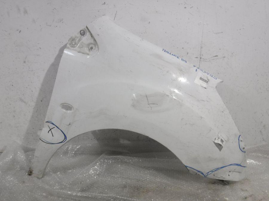 Крыло переднее правое Peugeot