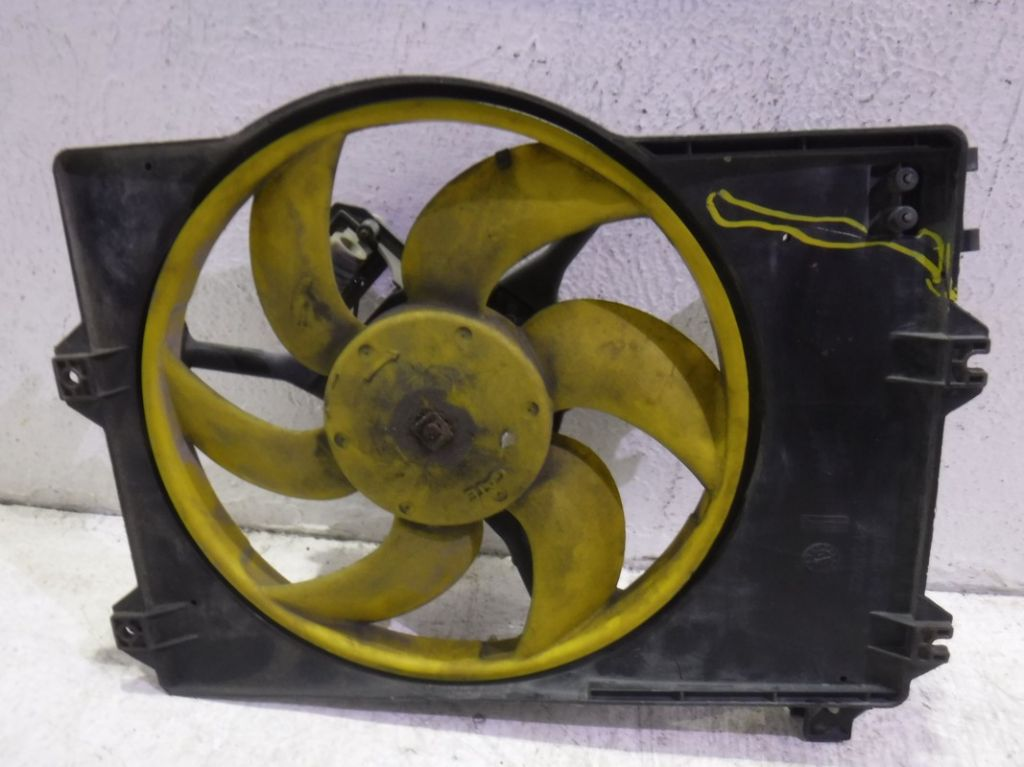 Вентилятор радиатора Rover
