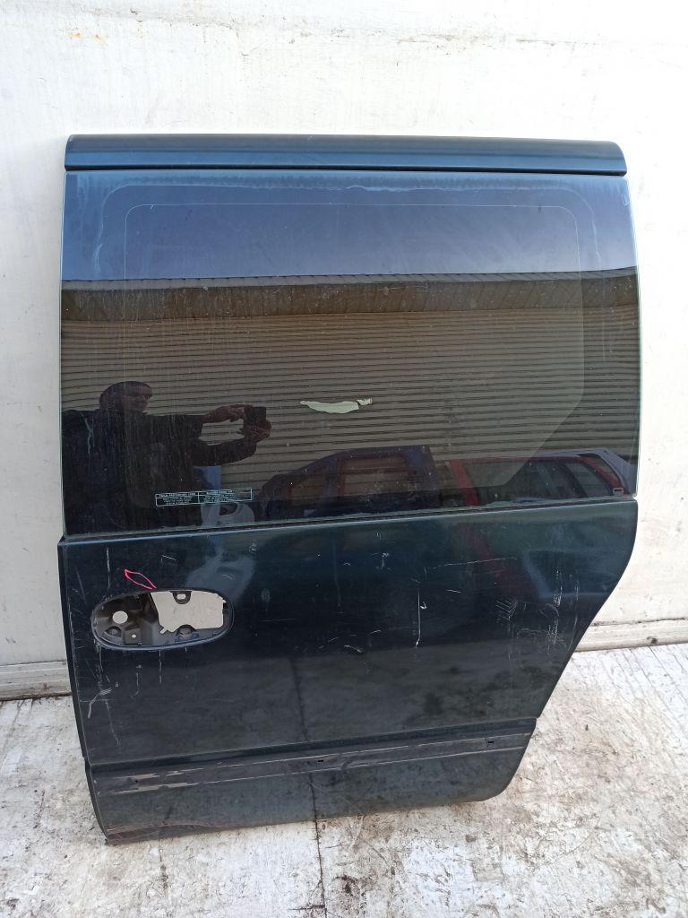Дверь боковая задняя левая Chrysler