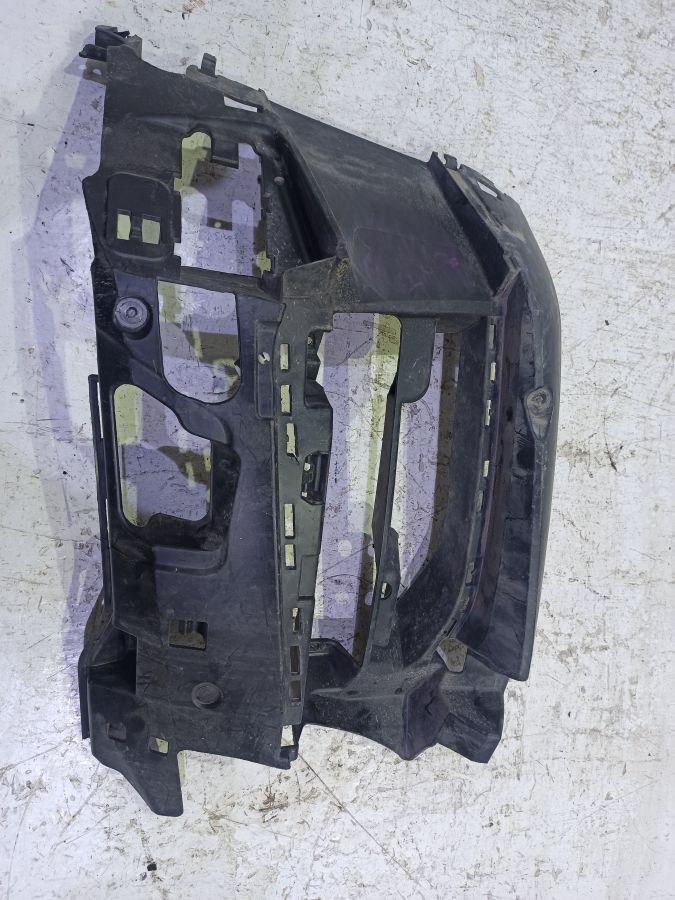 Кронштейн переднего бампера BMW