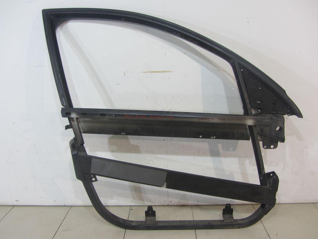 Рамка стекла передней правой двери Smart