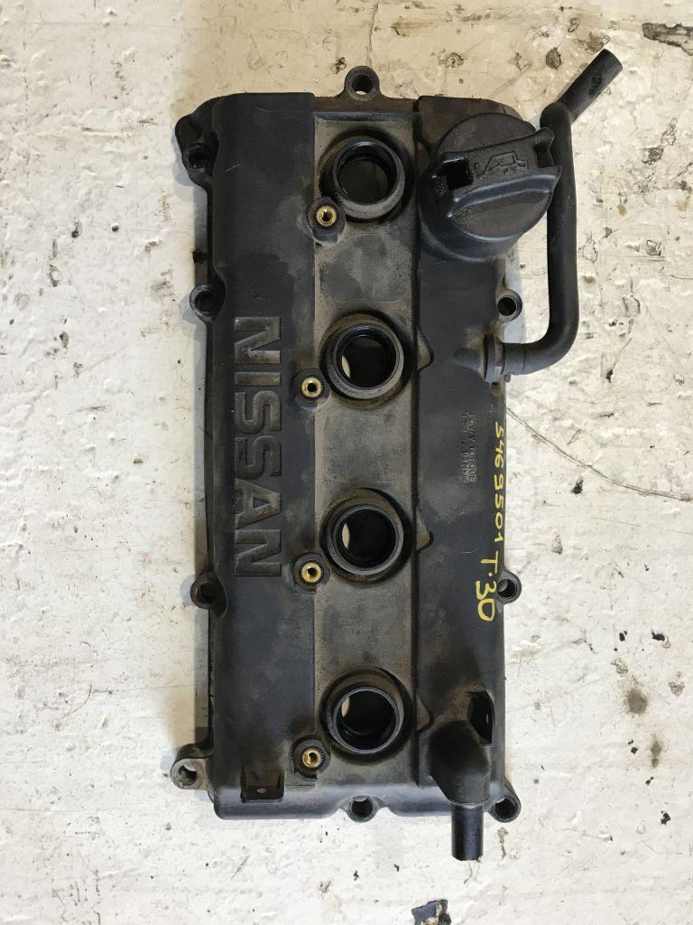 Крышка клапанная Nissan