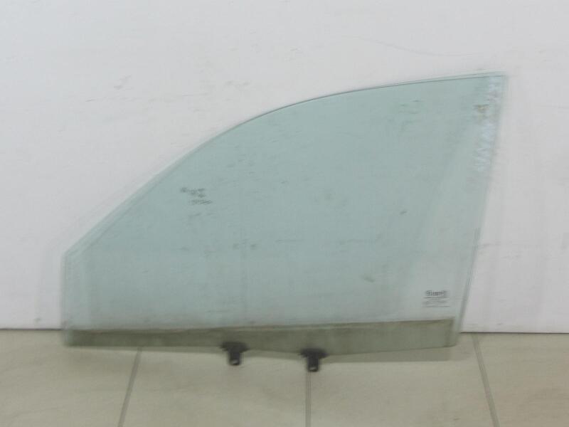 Стекло передней левой двери Hyundai