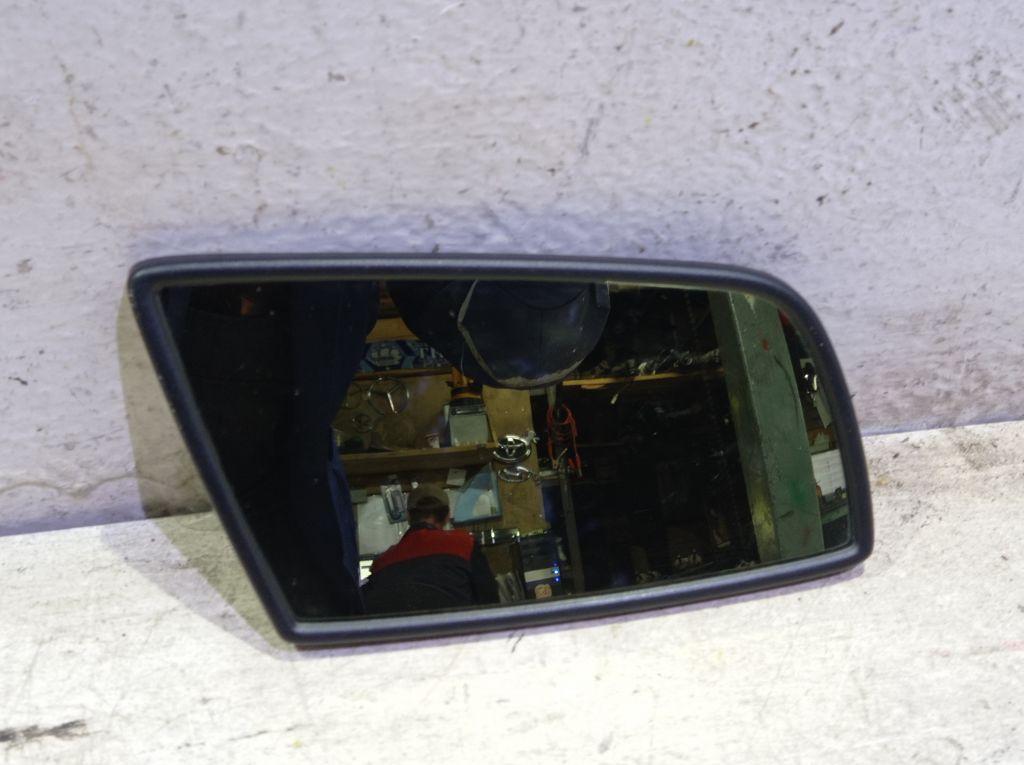 Зеркальный элемент правый BMW