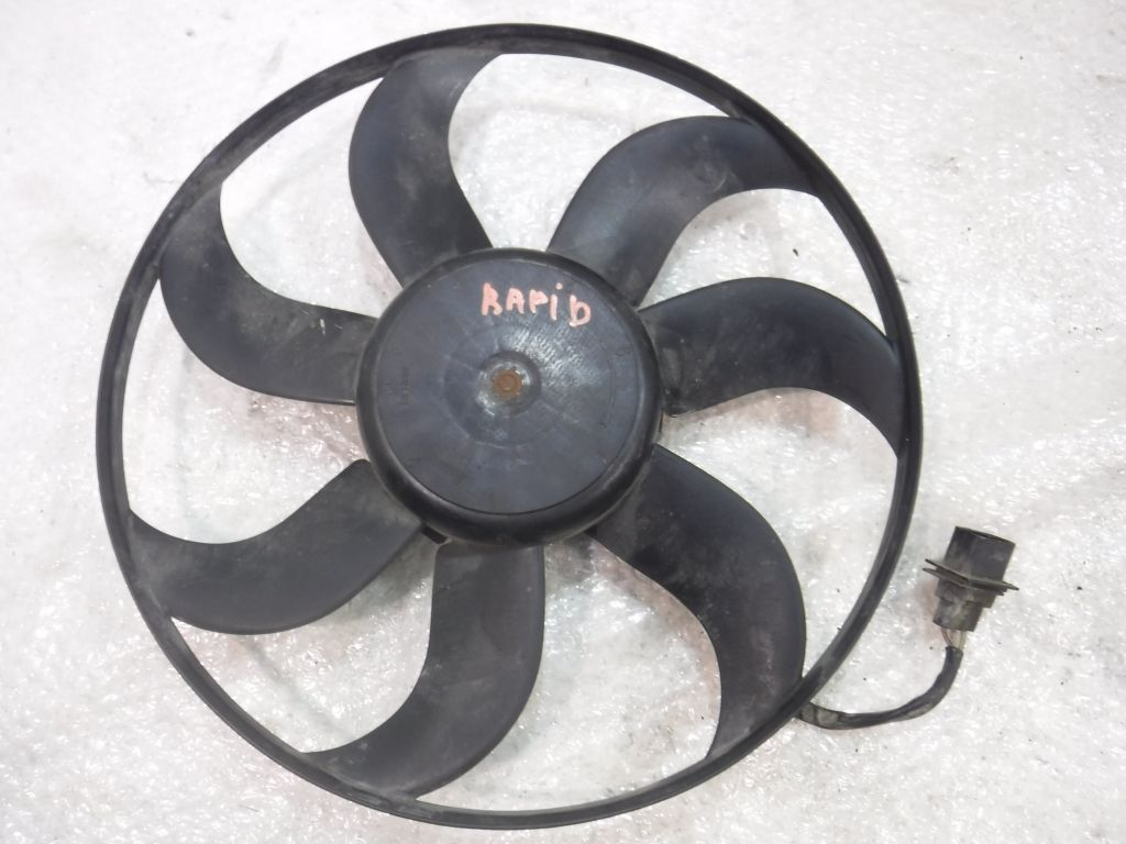 Вентилятор радиатора Skoda