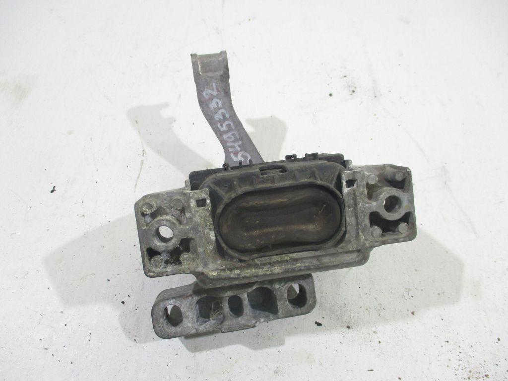 Опора двигателя Audi