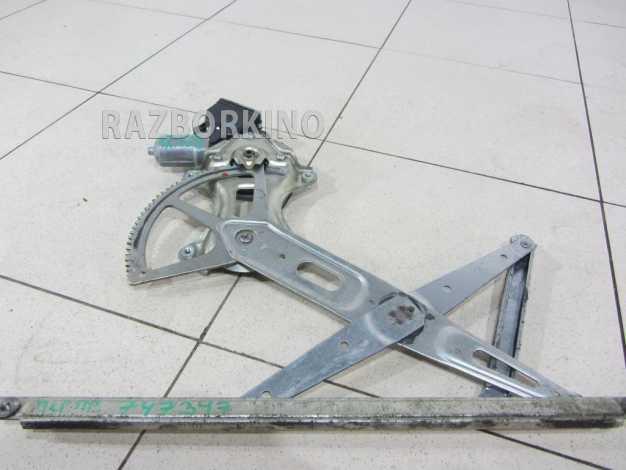 Стеклоподъемник электрический передний правый Scion