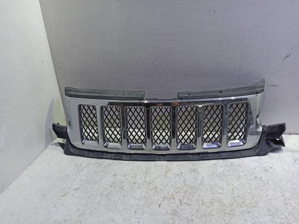 Решетка радиатора Jeep