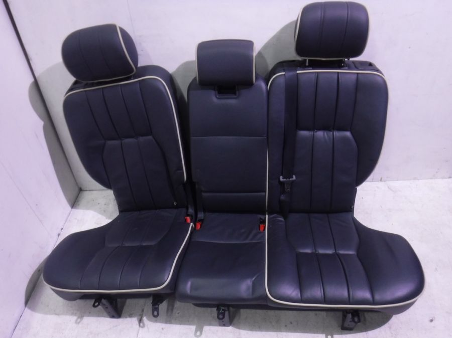 Сиденья задние Land Rover