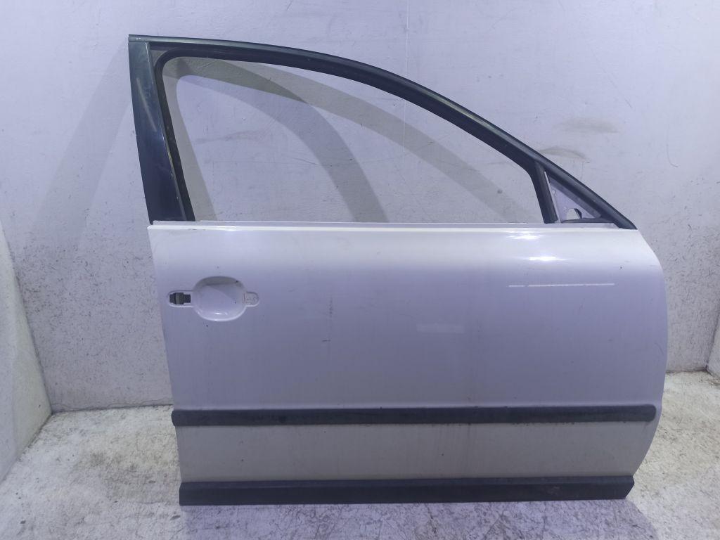 Дверь боковая передняя правая Skoda