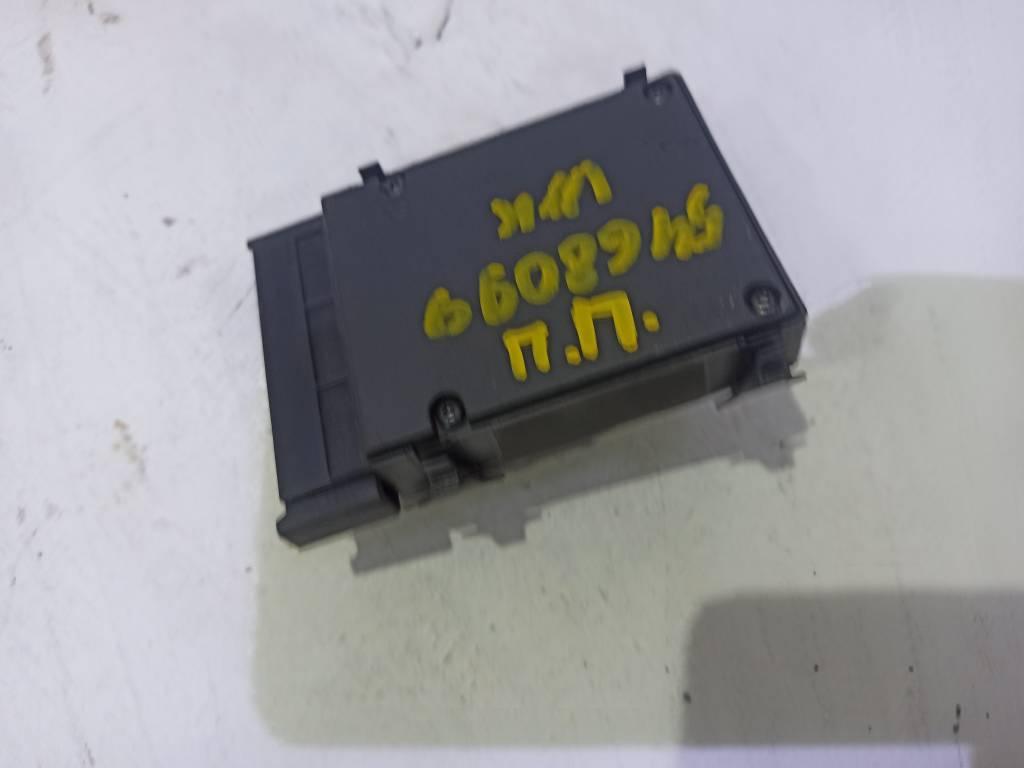 Блок управления сидением 56040636AB Jeep Grand Cherokee WH, Jeep Grand Cherokee WK, Jeep Commander XH XK, Dodge Durango 2
