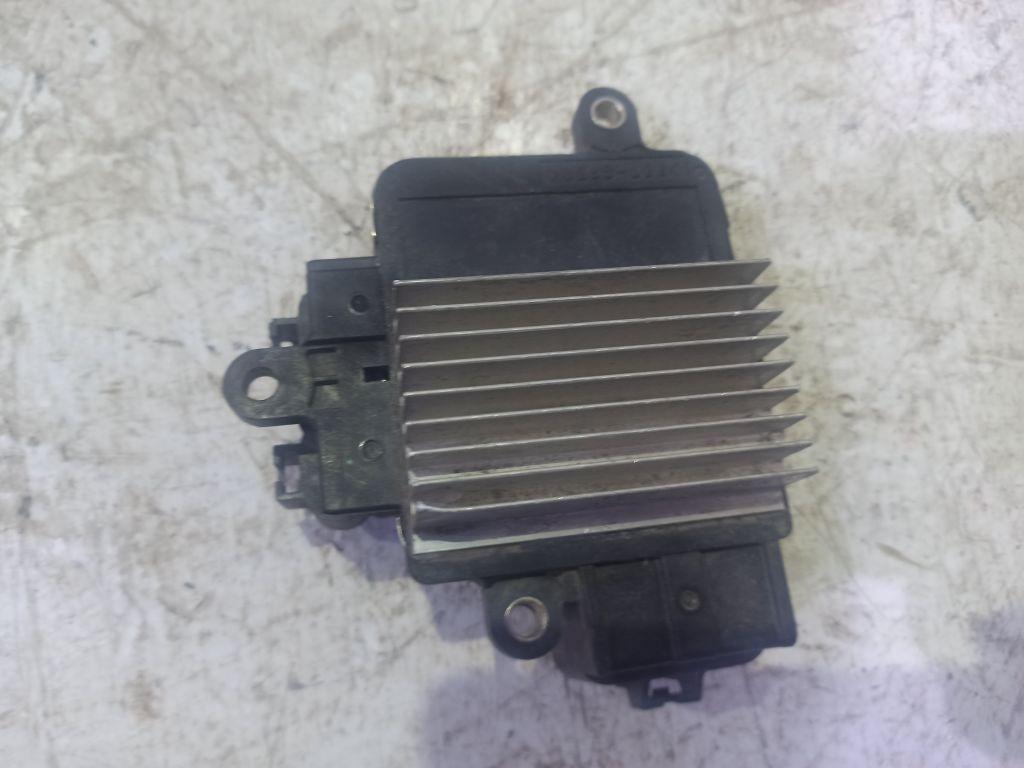 Блок управления вентилятором Toyota