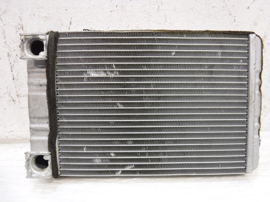 Радиатор печки Mercedes