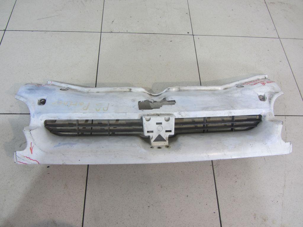 Решетка радиатора Peugeot