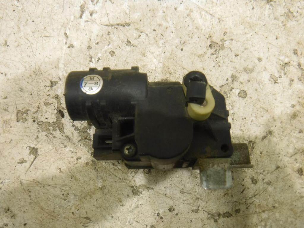 Моторчик заслонки печки Subaru