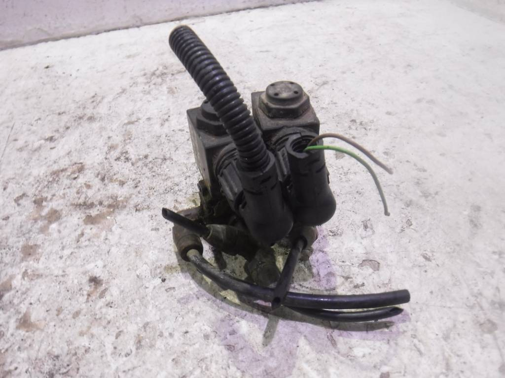 Электромагнитный клапан 1376794 Scania R-Serie, Scania P-Serie, Scania G-Serie