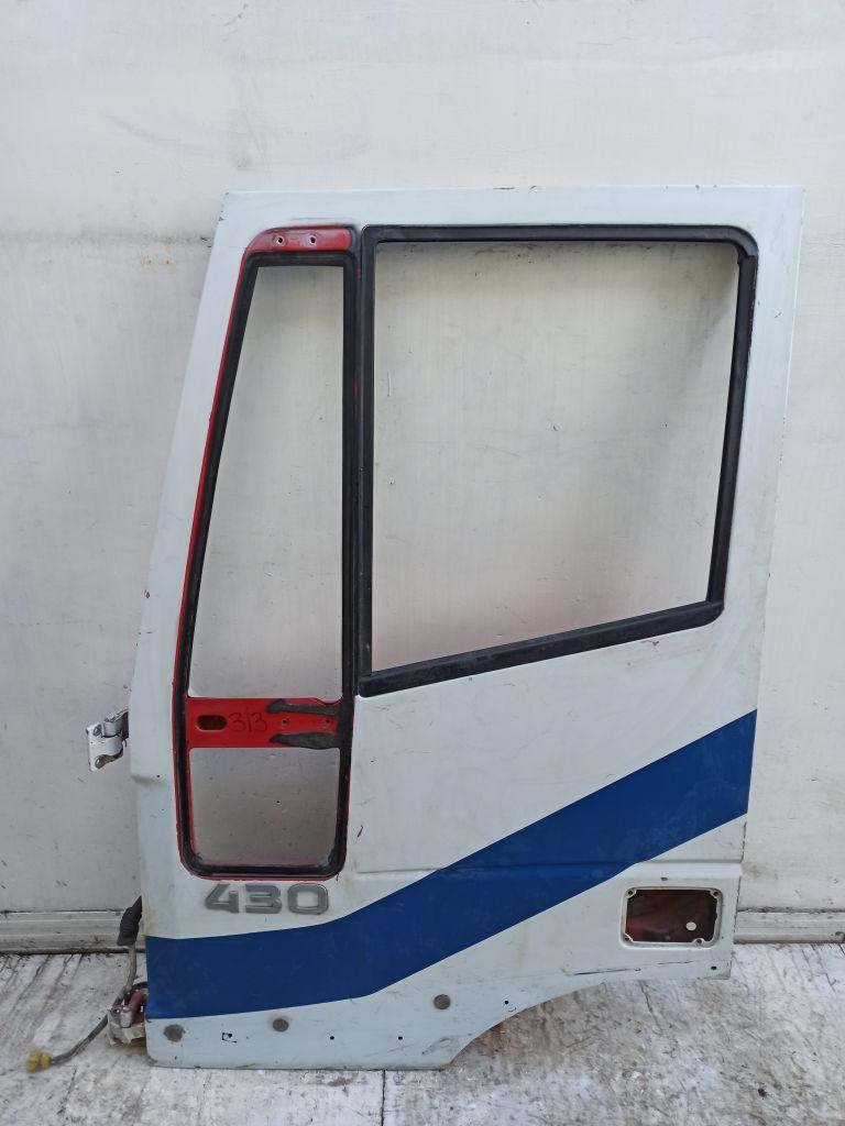 Дверь передняя левая Iveco