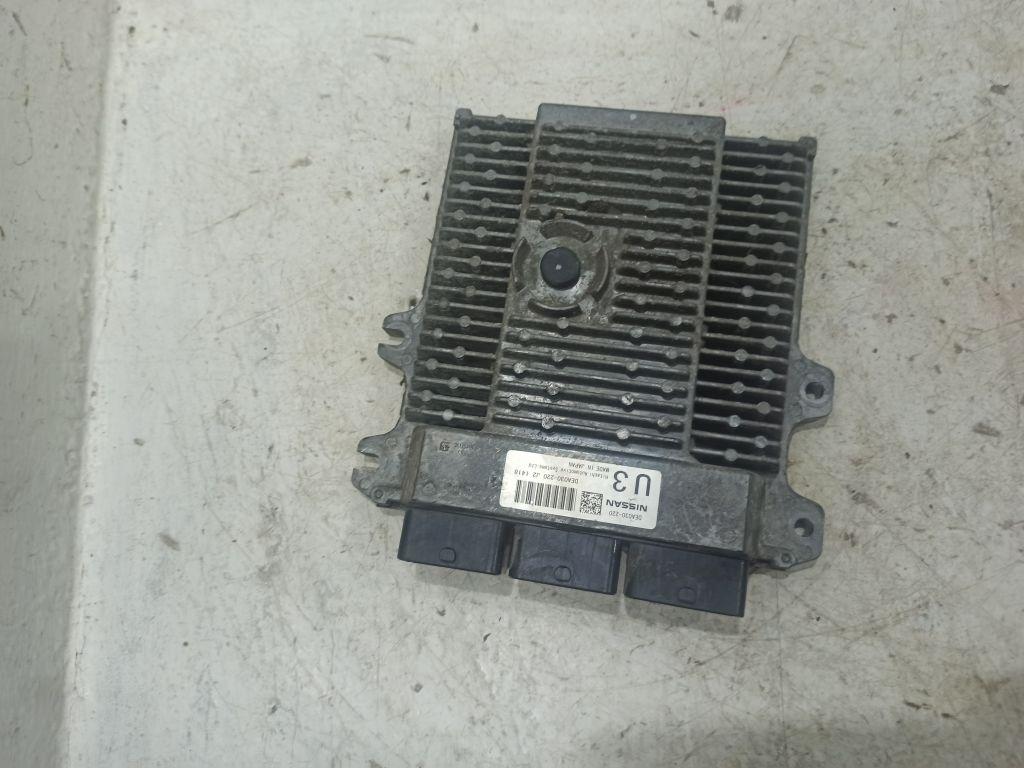 Блок управления двигателем Nissan