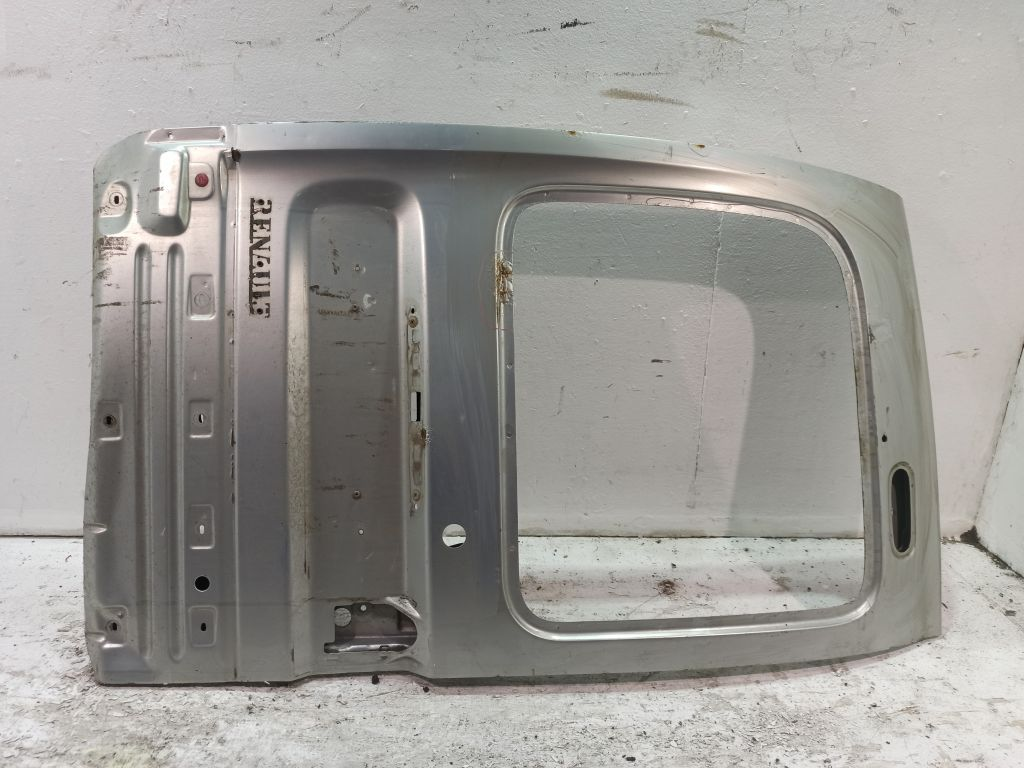 Дверь багажника левая Renault