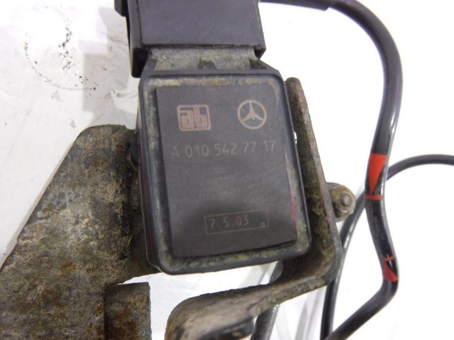 Датчик уровня подвески Mercedes